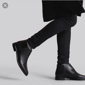 Everlane • modern ankle boot